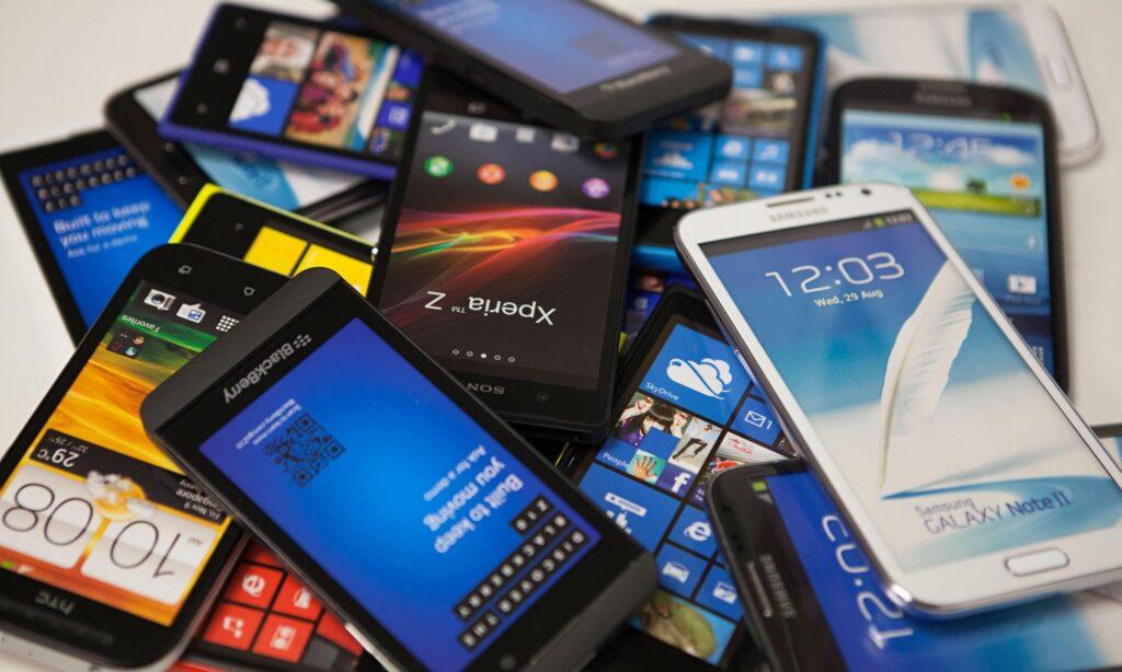 Ce să faci cu un Smartphone vechi 5 Idei Creative