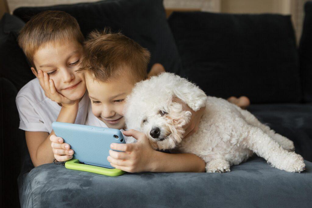 8+1 aplicații educative pentru copii în această vară