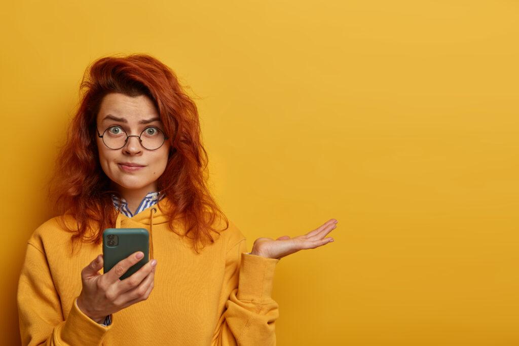 10 Cei mai importanți termeni tehnici de care te lovești atunci când îți iei un telefon (și ce înseamnă ei)